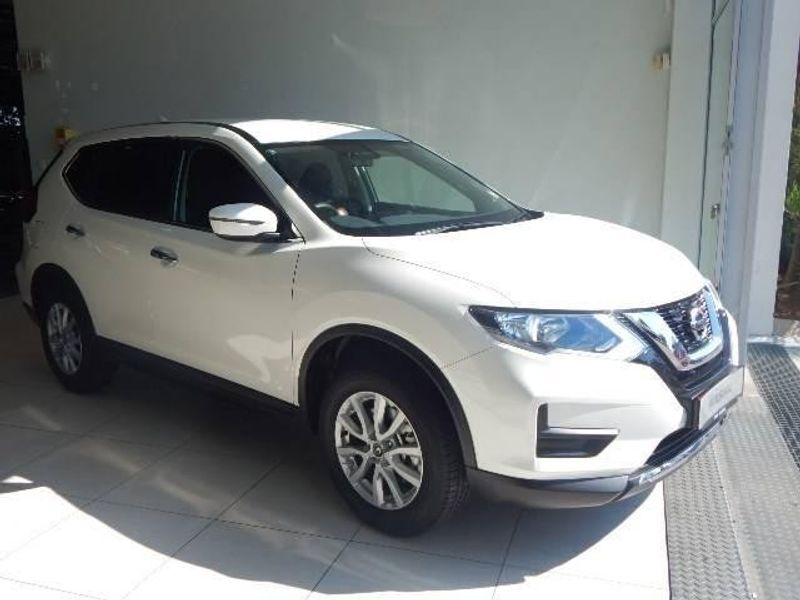 used nissan x trail 2 0 visia for sale in gauteng id 2893640. Black Bedroom Furniture Sets. Home Design Ideas