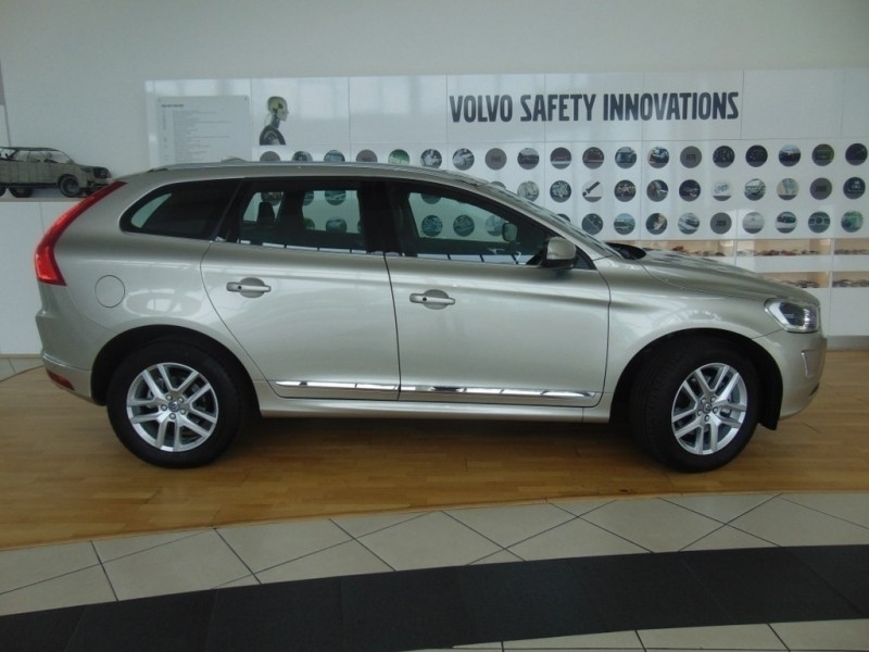 used volvo xc60 t5 inscription awd sport pack for sale in gauteng id 2893772. Black Bedroom Furniture Sets. Home Design Ideas