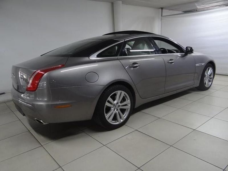 used jaguar xj 3 0 v6 d s portfolio for sale in gauteng. Black Bedroom Furniture Sets. Home Design Ideas