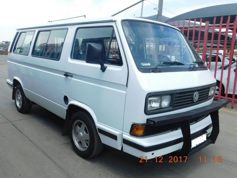 Used Volkswagen Caravelle 2 6i A C P S For Sale In Gauteng