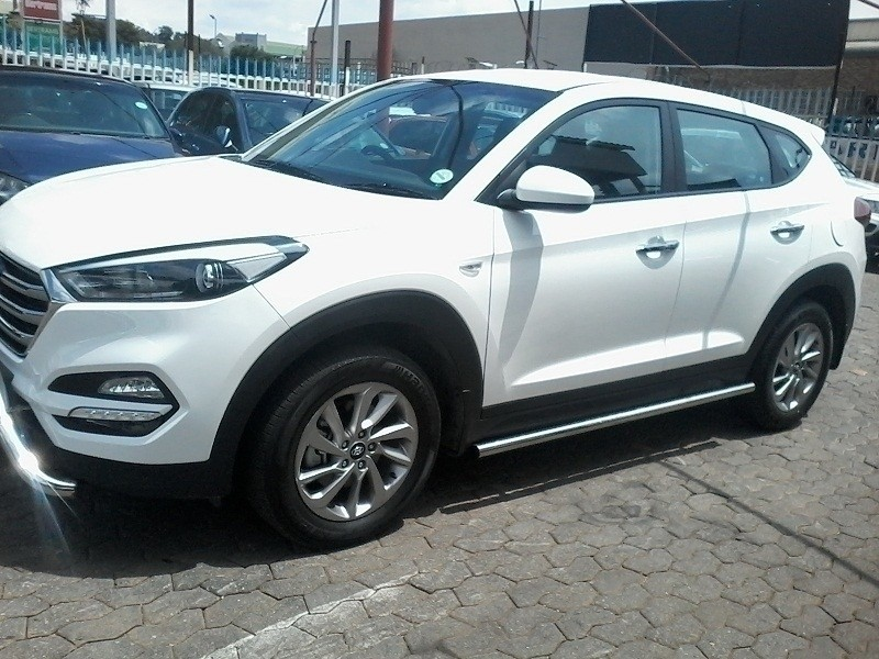 Used hyundai tucson 2 0 premium auto for sale in gauteng for Hyundai motor finance payoff phone number