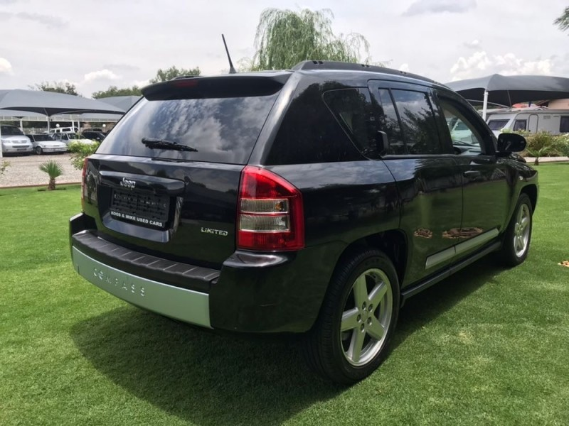 used jeep compass 2 4 limited a t for sale in gauteng. Black Bedroom Furniture Sets. Home Design Ideas