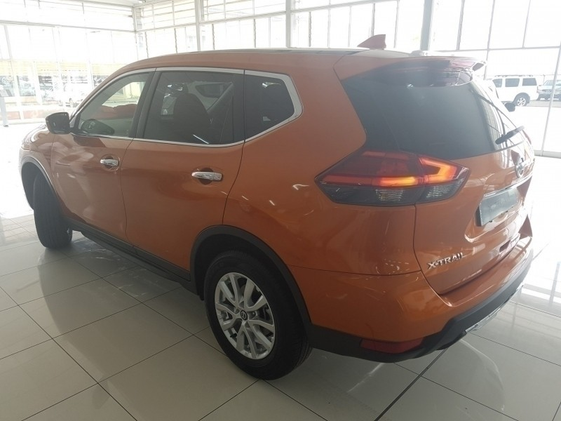 used nissan x trail 2 0 visia for sale in north west province id 2905510. Black Bedroom Furniture Sets. Home Design Ideas