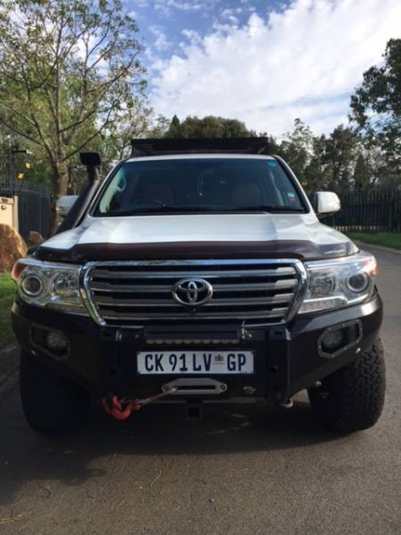 used toyota land cruiser 200 v8 4 5d vx auto for sale in. Black Bedroom Furniture Sets. Home Design Ideas