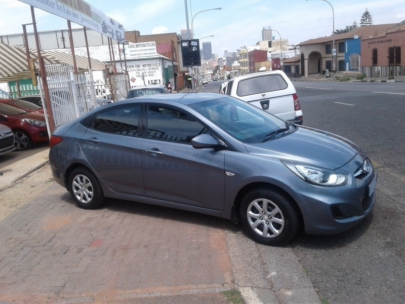 Used Hyundai Accent 1 6 Sedan With Leather Seat For Sale