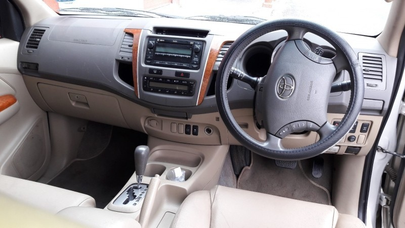 Used Toyota Fortuner 3 0d 4d R B A T For Sale In Gauteng Cars Co Za Id 2909846