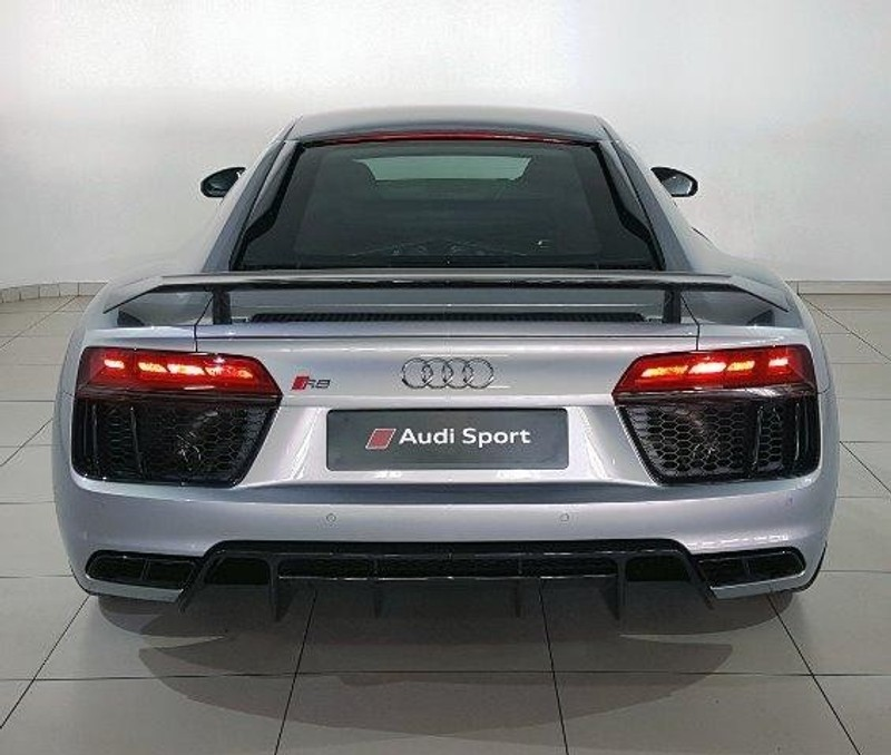 Used Audi R8 5.2 FSi QUATTRO S TRONIC (PLUS) For Sale In