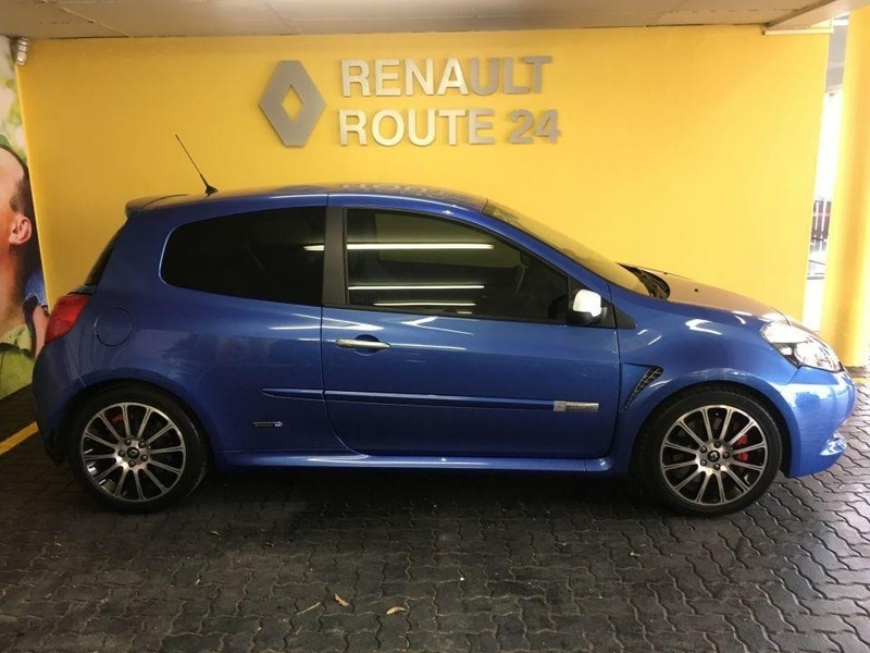 used renault clio iii 2 0 gordini renault sport 3dr for sale in gauteng id 2912584. Black Bedroom Furniture Sets. Home Design Ideas