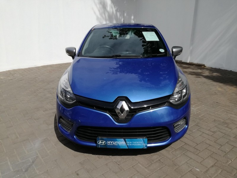 used renault clio iv 900 t gt line 5 door 66kw for sale in gauteng id 2913690. Black Bedroom Furniture Sets. Home Design Ideas