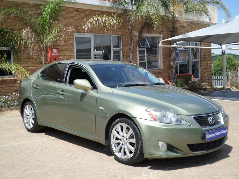 used lexus is 250 se a t for sale in gauteng id 2922122. Black Bedroom Furniture Sets. Home Design Ideas