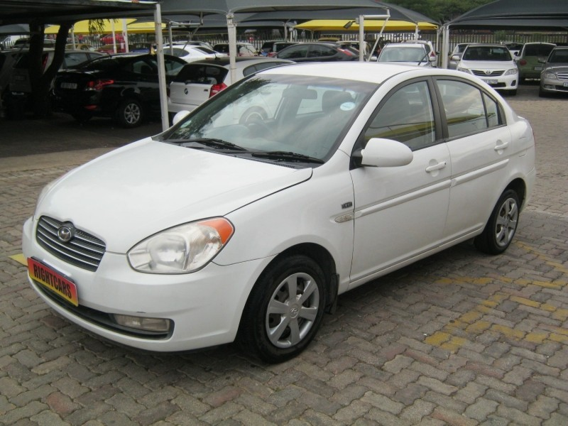 used hyundai accent 1 6 gls hs a t for sale in gauteng id 2928444. Black Bedroom Furniture Sets. Home Design Ideas