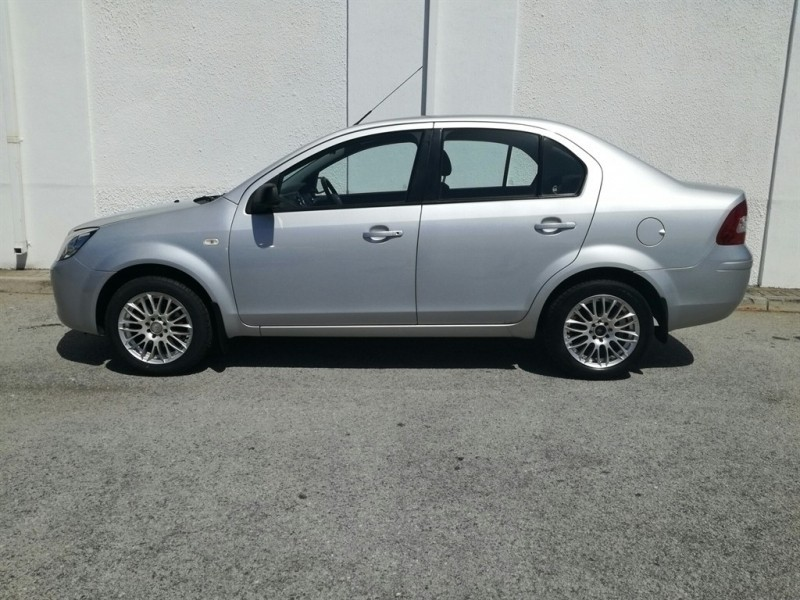 Used Ford Ikon 1 6 Ambiente For Sale In Eastern Cape