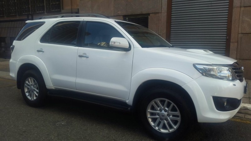 Used Toyota Fortuner 3 0d 4d 4 4 A T For Sale In Gauteng