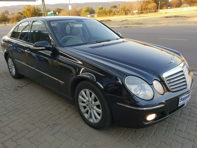 used mercedes benz e class e320 cdi in mint condition. Black Bedroom Furniture Sets. Home Design Ideas