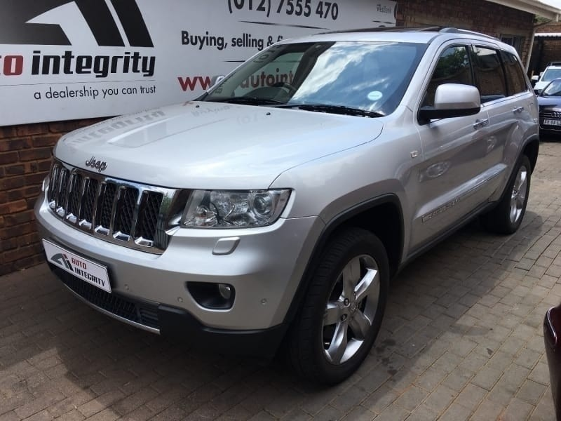used jeep grand cherokee 5 7 overland for sale in gauteng id 2932642. Black Bedroom Furniture Sets. Home Design Ideas
