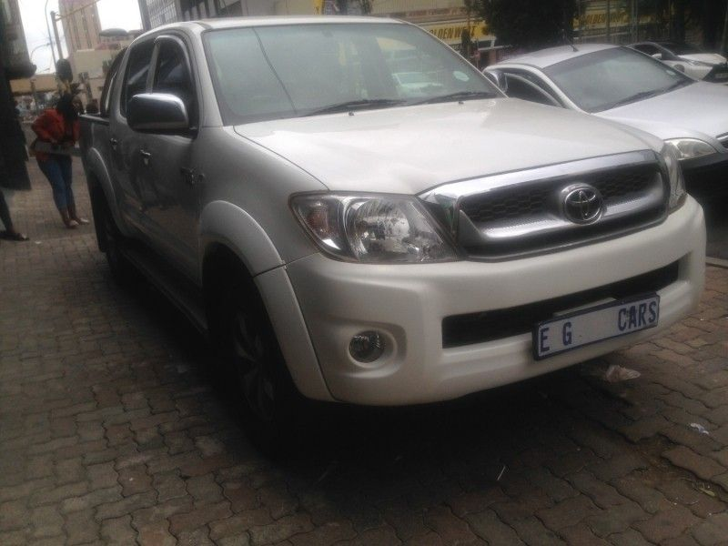 used toyota hilux cash only for sale in gauteng id 2941116. Black Bedroom Furniture Sets. Home Design Ideas
