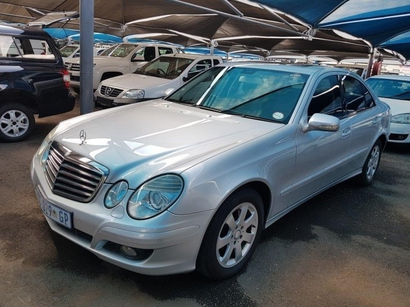 used mercedes benz e class e 200k for sale in gauteng id 2947254. Black Bedroom Furniture Sets. Home Design Ideas
