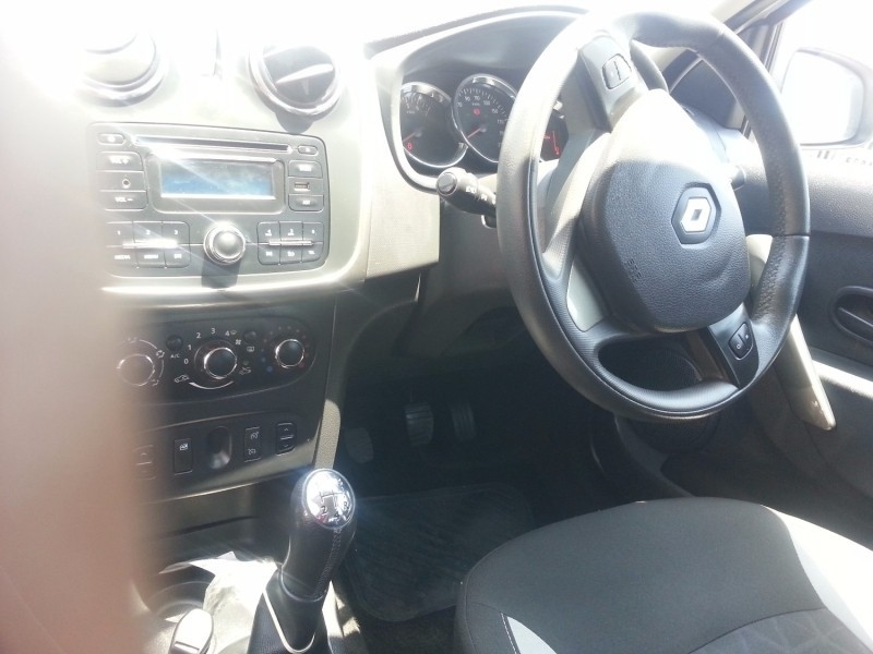 Used Renault Sandero 900T Stepway Expression for sale in ...
