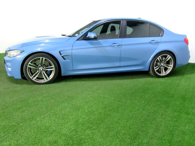 used bmw m3 m dct for sale in gauteng id 2977201. Black Bedroom Furniture Sets. Home Design Ideas
