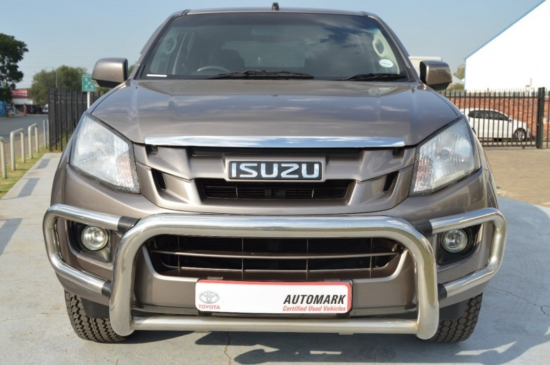 Used Isuzu Kb Series 240 Le Double Cab Bakkie For Sale In Gauteng Cars Co Za Id 2986195