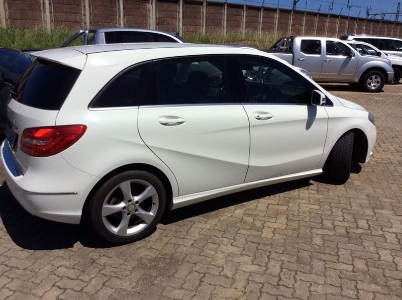 Used mercedes benz b class b 180 be a t for sale in for Service plan b mercedes benz