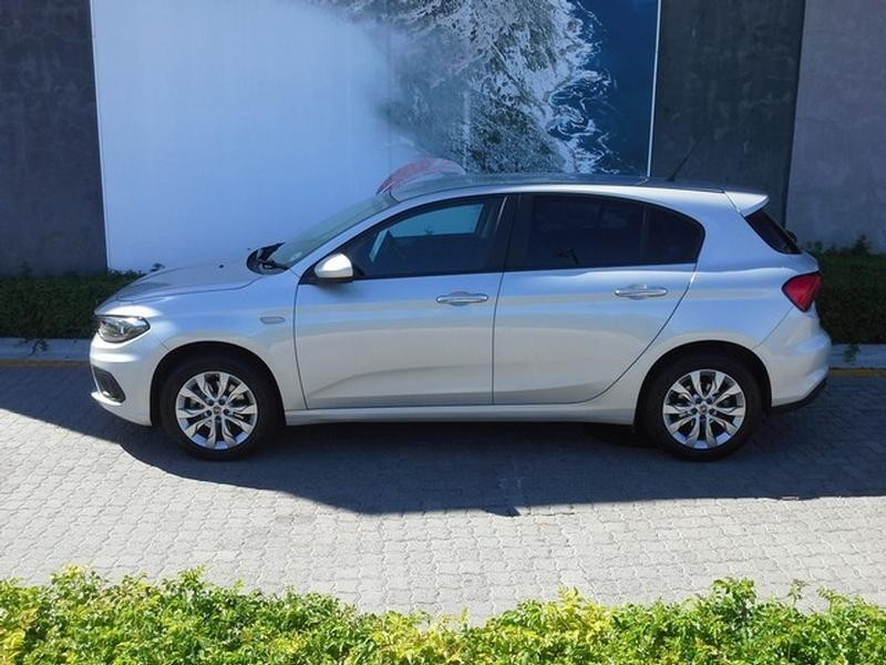 Used Fiat Tipo 1 6 East Auto 5 Door For Sale In Western Cape Cars Co Za Id 2990465