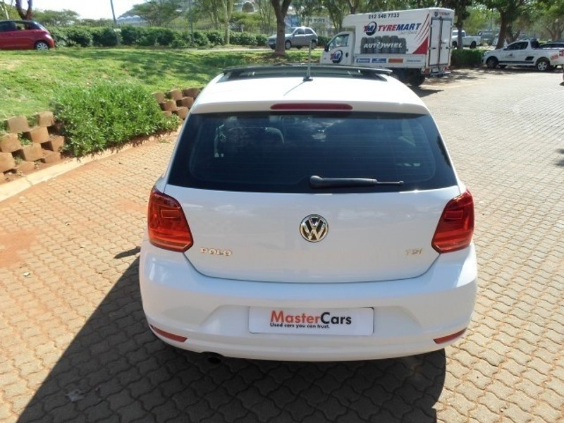 used volkswagen polo 1 2 tsi highline dsg 81kw with. Black Bedroom Furniture Sets. Home Design Ideas