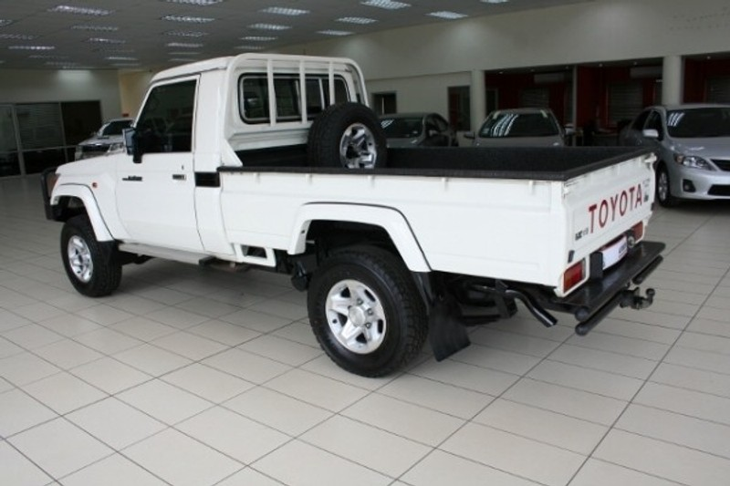 Used Toyota Land Cruiser 70 4 5d Single Cab Bakkie For