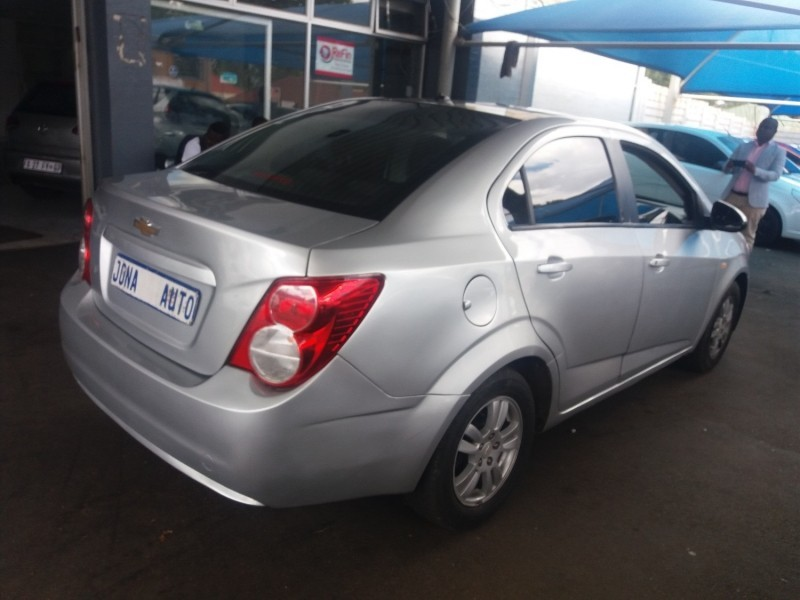 used chevrolet sonic 1 6 ls for sale in gauteng id 3009020. Black Bedroom Furniture Sets. Home Design Ideas