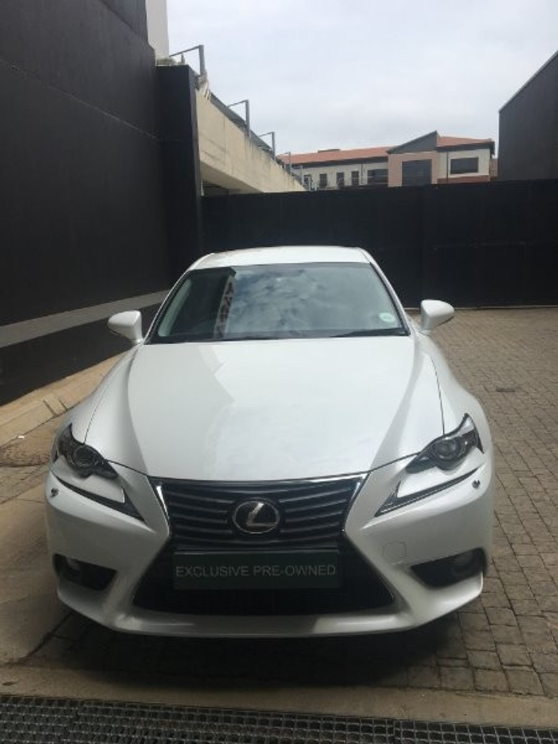 used lexus is 350 e for sale in gauteng id 3021194. Black Bedroom Furniture Sets. Home Design Ideas