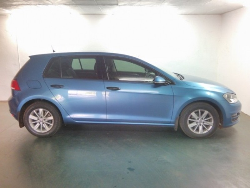 used volkswagen golf vii 1 2 tsi trendline for sale in limpopo id 3026504. Black Bedroom Furniture Sets. Home Design Ideas
