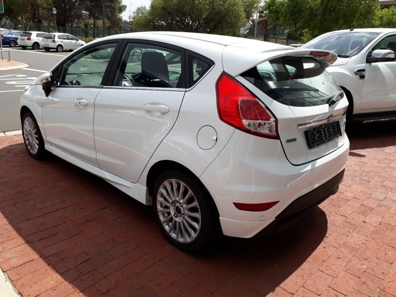 used ford fiesta 1 0 ecoboost titanium manual hatch for sale in western cape id. Black Bedroom Furniture Sets. Home Design Ideas