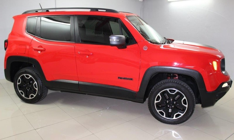 used jeep renegade 2 4 trailhawk auto for sale in kwazulu natal id 3039558. Black Bedroom Furniture Sets. Home Design Ideas