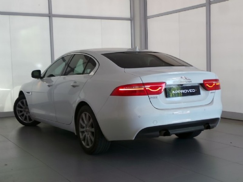 used jaguar xe 2 0 prestige auto for sale in western cape id 3051976. Black Bedroom Furniture Sets. Home Design Ideas