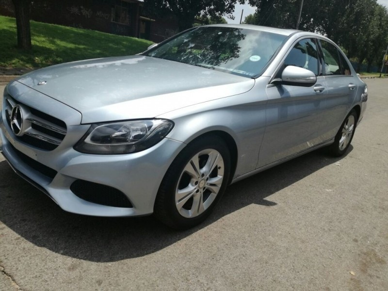 Used mercedes benz c class c180 for sale in gauteng cars for Mercedes benz c class used cars for sale