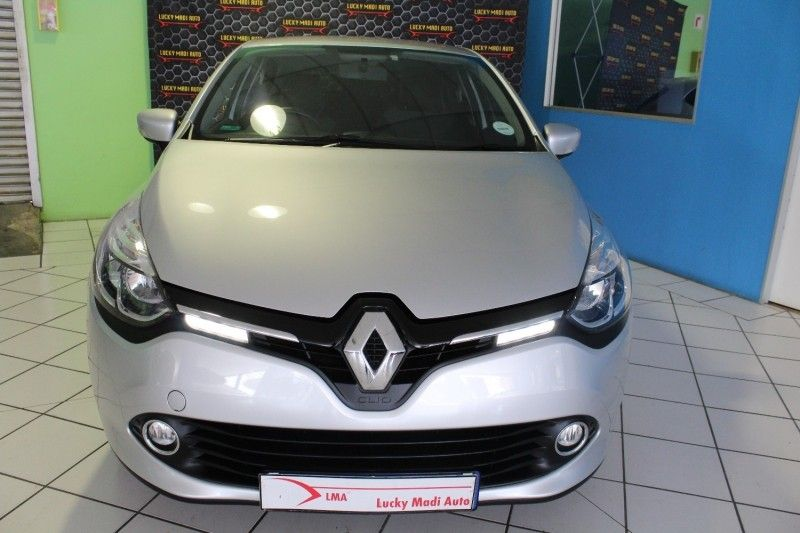 used renault clio iv 900t dynamique 5dr for sale in gauteng id 3058976. Black Bedroom Furniture Sets. Home Design Ideas