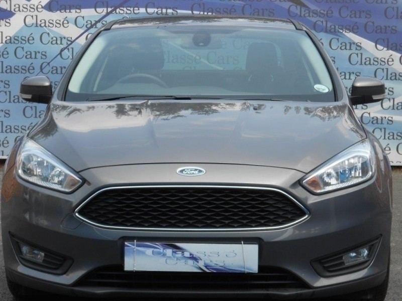 Used Ford Focus 1 0 Ecoboost Trend Sedan For Sale In