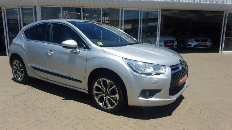 used citroen ds4 1 6 thp 200 sport 5dr for sale in free. Black Bedroom Furniture Sets. Home Design Ideas