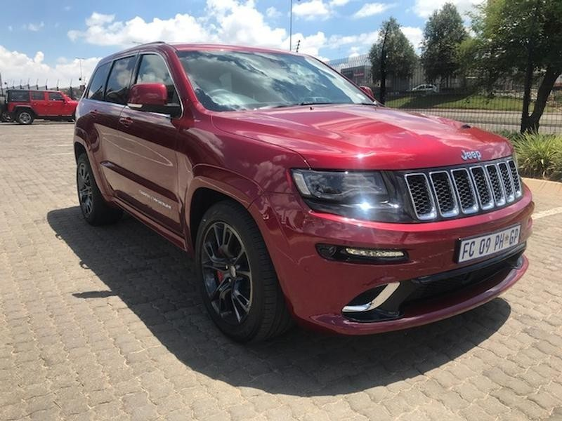used jeep grand cherokee 6 4 srt for sale in gauteng id 3072634. Black Bedroom Furniture Sets. Home Design Ideas