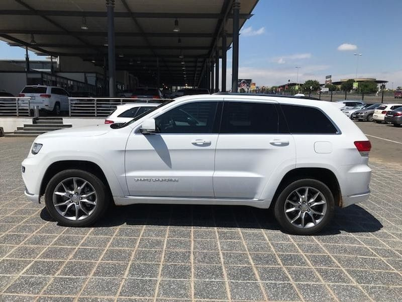 used jeep grand cherokee 3 6 summit for sale in gauteng id 3072638. Black Bedroom Furniture Sets. Home Design Ideas