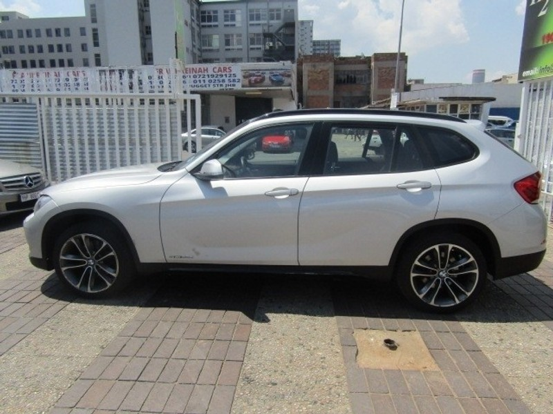used bmw x1 sdrive20d sport line a t panoramic roof for. Black Bedroom Furniture Sets. Home Design Ideas
