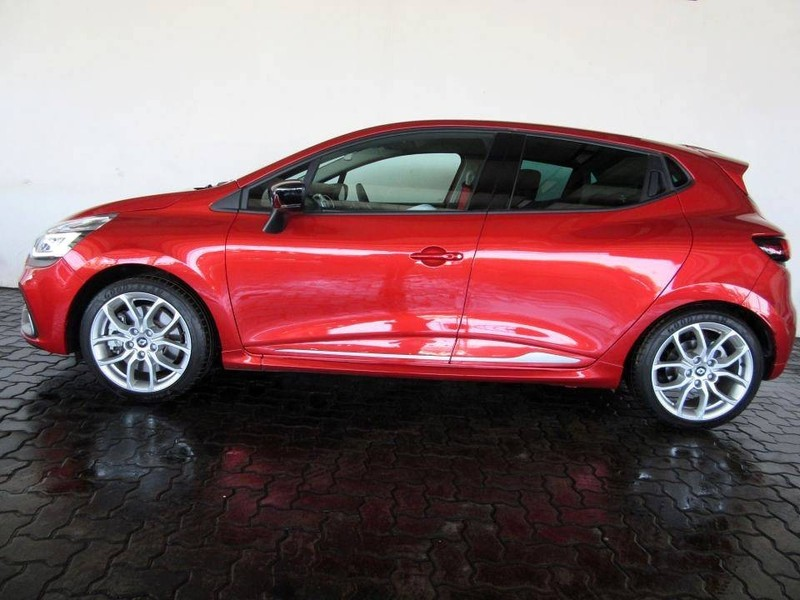 used renault clio iv 1 6 rs 200 edc lux for sale in gauteng id 3078104. Black Bedroom Furniture Sets. Home Design Ideas