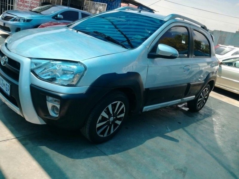 used toyota etios cash only for sale in gauteng id 3083930. Black Bedroom Furniture Sets. Home Design Ideas