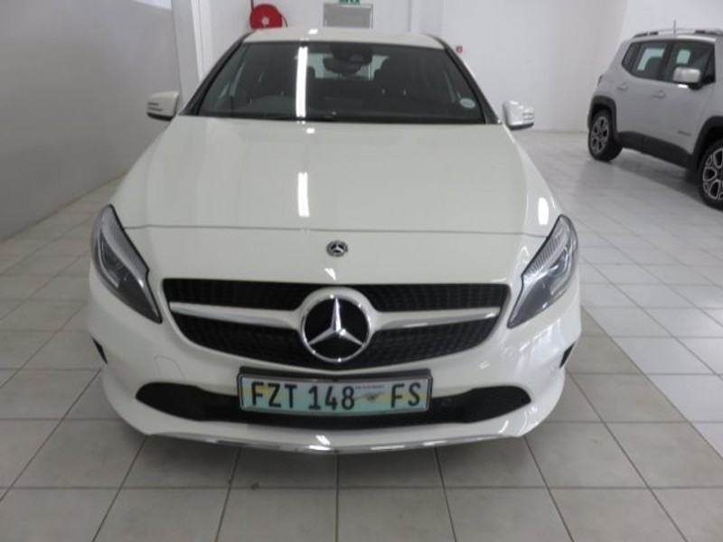 Used mercedes benz a class a 200d urban auto for sale in for Mercedes benz seat belt purse