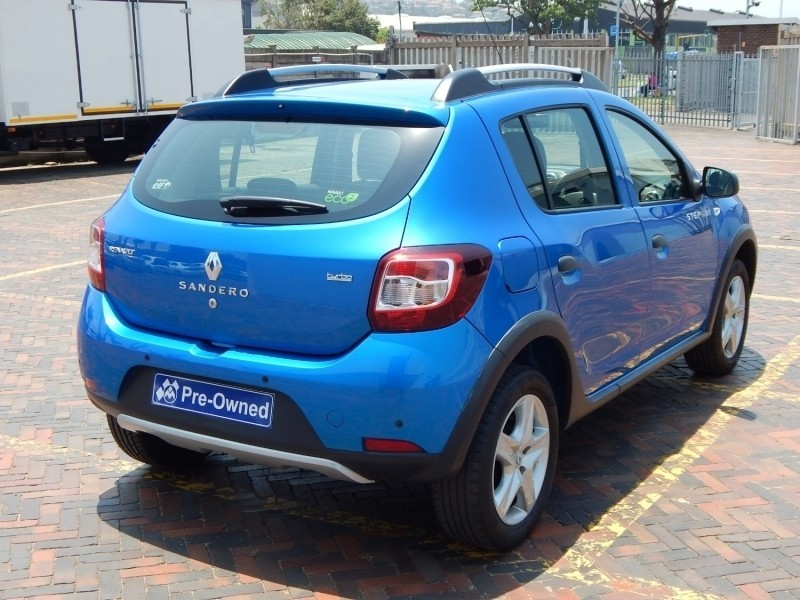 Used Renault Sandero 900T Stepway for sale in Kwazulu ...