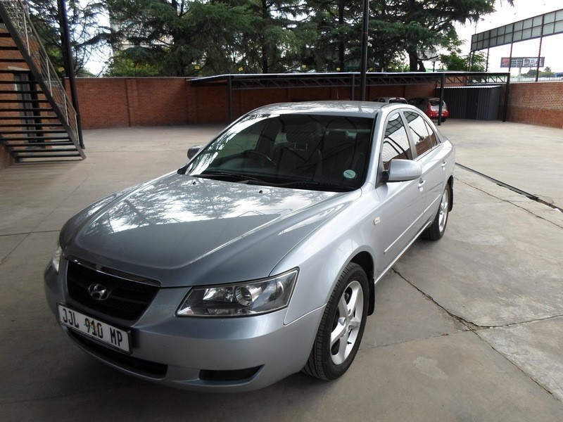 used hyundai sonata 2 4 gls a t for sale in gauteng cars. Black Bedroom Furniture Sets. Home Design Ideas