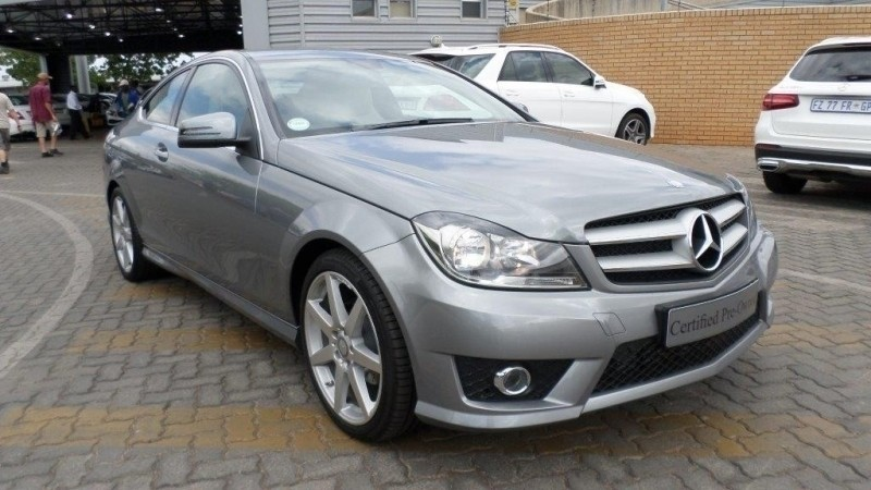 Used mercedes benz c class coupe amg manual for sale in for Used mercedes benz c class coupe for sale
