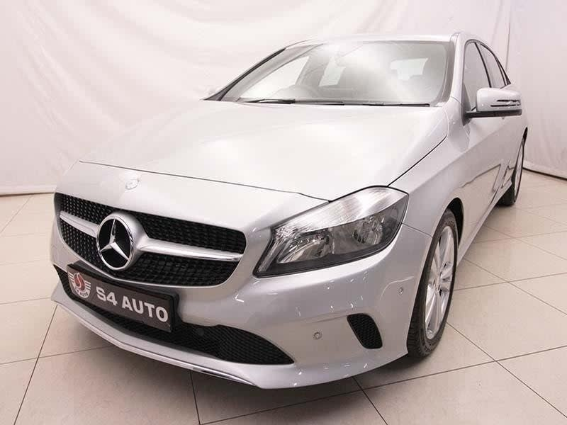 used mercedes benz a class a 200d urban auto for sale in gauteng id 3092909. Black Bedroom Furniture Sets. Home Design Ideas