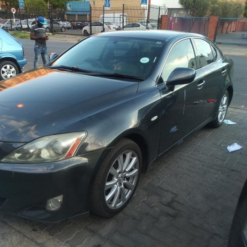 used lexus is 250 a t for sale in gauteng id 3093535. Black Bedroom Furniture Sets. Home Design Ideas