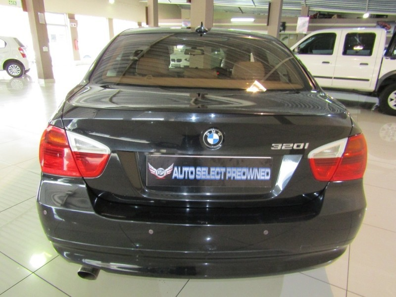 used bmw 3 series 320i e90 for sale in gauteng id 3096541. Black Bedroom Furniture Sets. Home Design Ideas